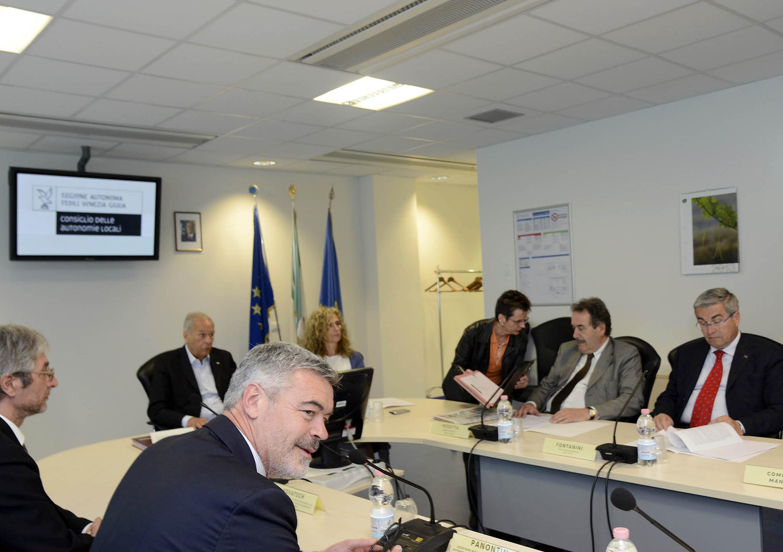 Ufficio Di Presidenza : Regione autonoma friuli venezia giulia persone e uffici
