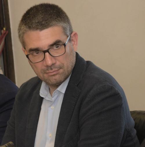 L'assessore regionale alle Autonomie locali, Funzione pubblica, Sicurezza, Politiche dell'immigrazione Pierpaolo Roberti