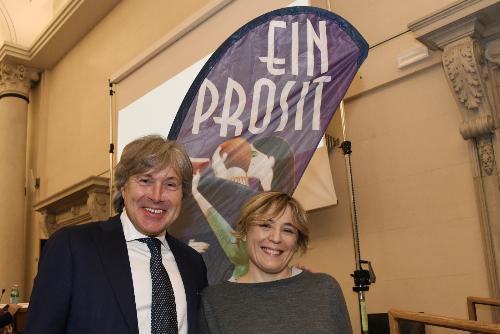 L'assessore regionale Sergio Emidio Bini con la chef Antonia Klugmann