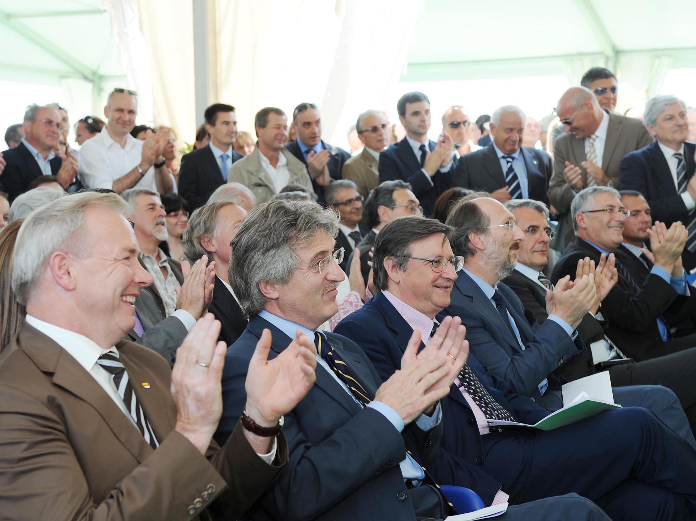 Gerhard Doerfler (Governatore Carinzia), Renzo Tondo (Presidente Friuli Venezia Giulia), Giorgio Santuz (Presidente Autovie Venete) e Riccardo Riccardi (Assessore regionale Mobilità, Energia e Infrastrutture di Trasporto) all'inaugurazione del nuovo casello di Ronchis (A4, uscita Latisana). (Ronchis di Latisana 12/06/09)