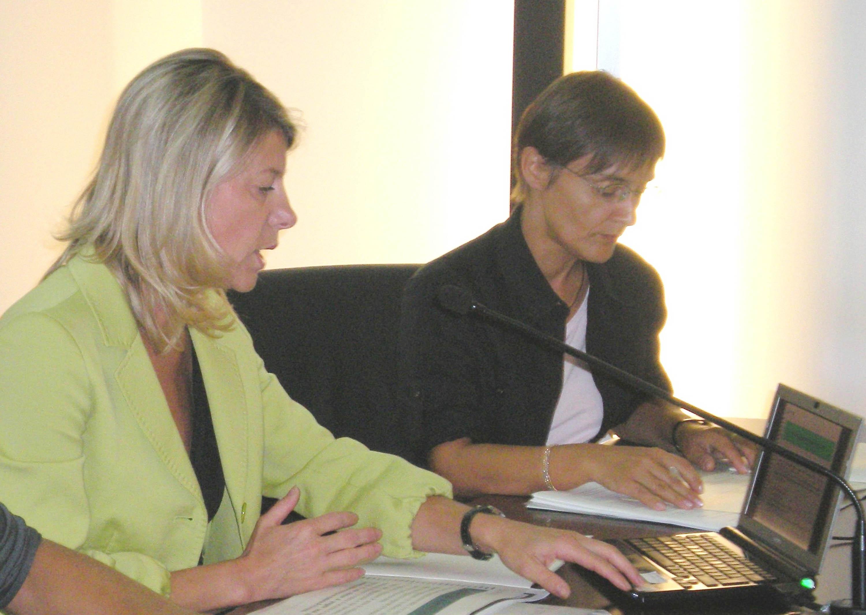 Federica Seganti (Assessore regionale Sicurezza) nel corso della conferenza stampa per l'illustrazione delle domande di contributi degli Enti locali a fronte di presentazione di progetti per la sicurezza. (Trieste 10/09/09)
