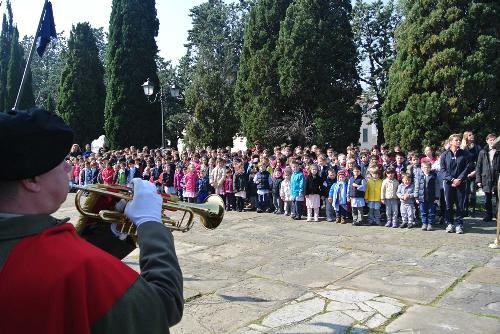 """Celebrazione della """"Giornata dell'Unità nazionale, della Costituzione, dell'inno e della bandiera"""" sul Colle di San Giusto - Trieste 17/03/2014"""
