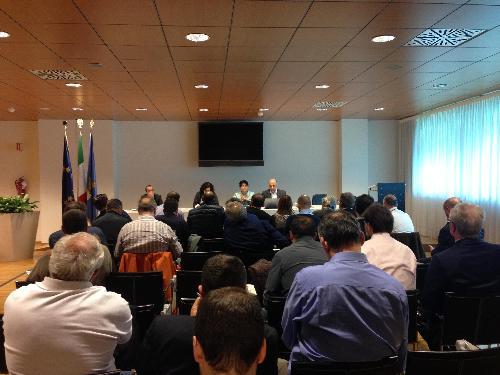 Mariagrazia Santoro (Assessore regionale Infrastrutture e Mobilità) incontra i rappresentanti delle sigle sindacali del trasporto ferroviario per informare della prossima pubblicazione del Bando per l'affidamento del servizio di trasporto ferroviario regionale - Udine 16/05/2014