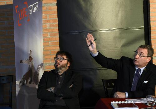 """Michele Bregant (Direttore generale TurismoFVG) e Sergio Bolzonello (Vicepresidente Regione FVG e assessore Attività produttive) alla presentazione del """"Piano Operativo 2015"""" di TurismoFVG, al Meeting Point San Marco - Palmanova 09/12/2014"""