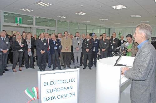 Riccardo Illy (Presidente Regione Friuli Venezia Giulia) interviene all'inaugurazione del Data Center europeo di Electrolux, a Pordenone. (Pordenone 05/12/07)