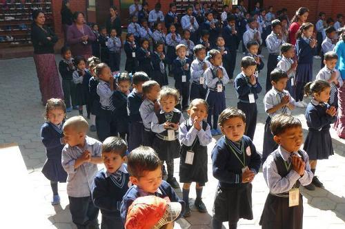 Bambini nepalesi (Foto Picasa tratta da mandinamaste.net)