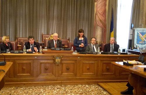 """Debora Serracchiani (Presidente Regione Friuli Venezia Giulia) all'assemblea dell'Associazione """"Già sindaci del Friuli Venezia Giulia"""" - Udine 03/10/2015"""