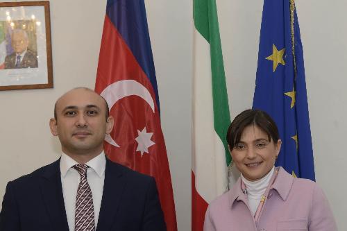 Mammad Ahmadzada (Ambasciatore Repubblica Azerbaigian a Roma) e Debora Serracchiani (Presidente Regione Friuli Venezia Giulia) nella sede della Regione - Trieste 23/01/2017