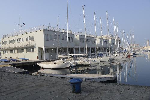 La sede della Società Triestina della Vela (STV) sul Pontile Istria, in Sacchetta - Trieste 30/01/2017