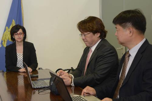 Sara Vito (Assessore regionale Ambiente ed Energia) durante l'incontro con la delegazione della Corea del Sud - Udine 21/04/2017