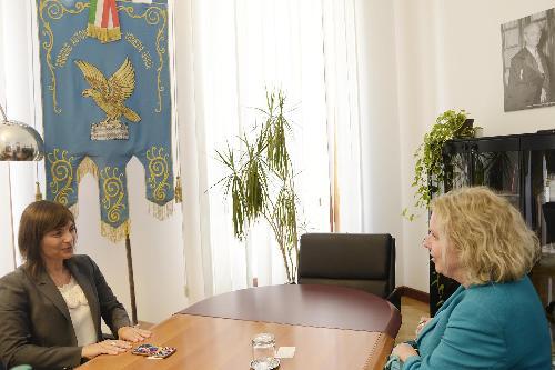 Debora Serracchiani (Presidente Regione Friuli Venezia Giulia) e Beatrice Covassi (Capo rappresentanza Commissione Europea in Italia) - Trieste 11/07/2017