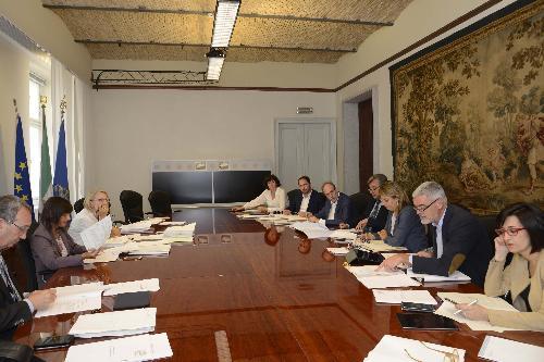 Debora Serracchiani (Presidente Regione Friuli Venezia Giulia) presiede la riunione della Giunta regionale - Trieste 17/07/2017