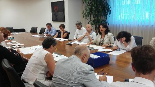 Mariagrazia Santoro (Assessore regionale Infrastrutture e Territorio) alla riunione con i soggetti interessati dalla realizzazione del collegamento tra la SS13 Pontebbana e la tangenziale sud dell'A23 - Udine 31/07/2017