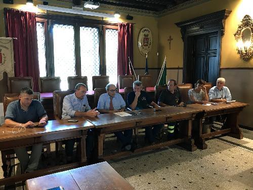 Sergio Bolzonello (Vicepresidente Regione FVG e assessore Attività produttive, Turismo e Cooperazione) durante una riunione operativa in Municipio - San Vito al Tagliamento 11/08/2017
