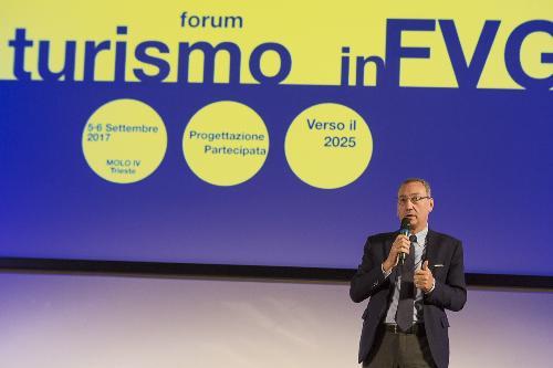 """Sergio Bolzonello (Vicepresidente Regione FVG e assessore Attività produttive, Turismo e Cooperazione) al """"Forum Turismo in FVG"""" - Trieste 05/09/2017 (Foto Fabrice Gallina)"""