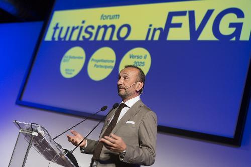 """Ezio Scatolini (Docente Università Firenze) al Forum """"Turismo in FVG - Progettazione partecipata verso il 2025"""" - Trieste 06/09/2017"""