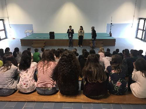 Mariagrazia Santoro (Assessore regionale Infrastrutture e Territorio) visita il plesso scolastico - Ragogna 11/09/2017