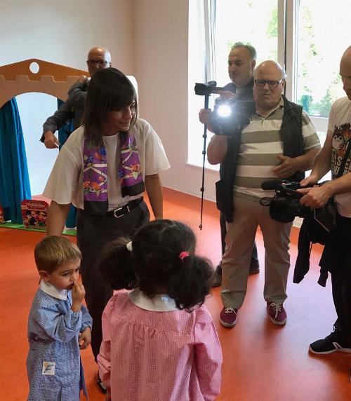 """Debora Serracchiani (Presidente Regione Friuli Venezia Giulia) all'inaugurazione della scuola dell'infanzia """"Benedetto Costa"""" - Sarnano (MC) 15/09/2017"""