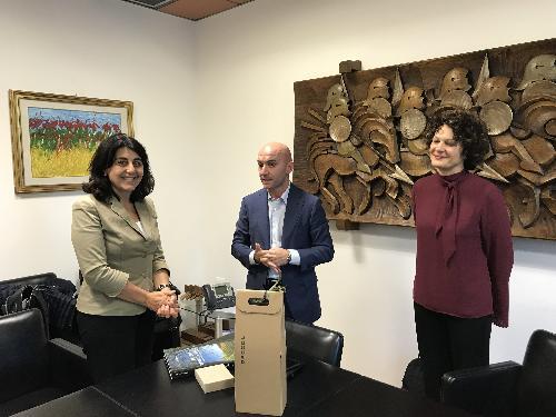 Mariagrazia Santoro (Assessore regionale Infrastrutture e Territorio) incontra i direttori Trenitalia per il Friuli Venezia Giulia Simone Gorini (Dirigente uscente) ed Elisa Nannetti (Dirigente subentrante) - Udine 26/09/2017