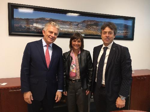 Debora Serracchiani (Presidente Regione Friuli Venezia Giulia) incontra Jaakko Eskola (Presidente Wärtsilä Corporation) e Guido Barbazza (Presidente Wärtsilä Italia) - San Dorligo della Valle (Foto Wärtsilä)
