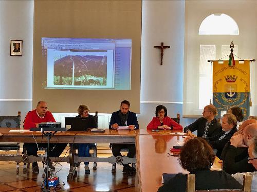 Gli assessori regionali Cristiano Shaurli (Risorse agricole e forestali) e Sara Vito (Ambiente ed Energia) incontrano i sindaci Linda Tomasinsig (Gradisca d'Isonzo) e Marco Vittori (Sagrado) per fare il punto sullo stato dell'Isonzo - Gradisca d'Isonzo 11/10/2017