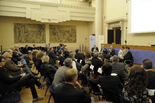 Sergio Bolzonello (Vicepresidente Regione FVG e assessore Attività produttive, Turismo e Cooperazione) interviene alla celebrazione dei 50 anni di Legacoop FVG - Udine 20/10/2017 (Foto Luca d'Agostino)