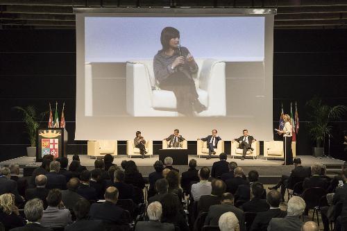 Debora Serracchiani (Presidente Regione Friuli Venezia Giulia) interviene agli Stati generali della logistica del Nordest - Venezia 26/10/2017