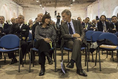 Debora Serracchiani (Presidente Regione Friuli Venezia Giulia) e Graziano Delrio (Ministro Infrastrutture e Trasporti) durante gli Stati generali della logistica del Nordest - Venezia 26/10/2017
