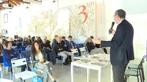 Sergio Bolzonello (Vicepresidente Regione FVG e assessore Attività produttive, Turismo e Cooperazione) interviene al IV Congresso Regionale di Legacoopsociali - Gorizia 30/10/2017