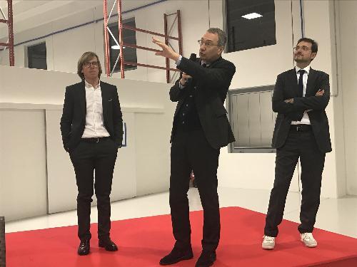 Sergio Bolzonello (Vicepresidente Regione FVG e assessore Attività produttive, Turismo e Cooperazione) con Luca Casarsa e Alessandro Armellini, cofondatori dell'azienda Advantech - Udine 01/12/2017