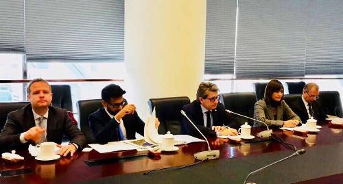 Debora Serracchiani (Presidente Regione Friuli Venezia Giulia) e Zeno D'Agostino (Presidente Autorità di sistema portuale Mare Adriatico Orientale) incontrano i vertici di Shanghai International Port Group (SIPG) - Shanghai 07/12/2017