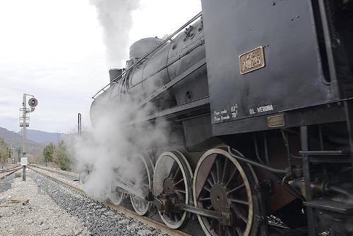 "Treno storico inaugura la tratta Sacile-Maniago della linea ""Pedemontana"" Gemona-Sacile - 10/12/2017"