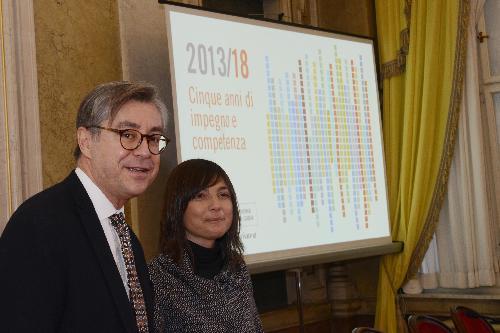 Debora Serracchiani (Presidente Regione Friuli Venezia Giulia) e assessori regionali nel corso della conferenza stampa di fine anno - Trieste 22/12/2017