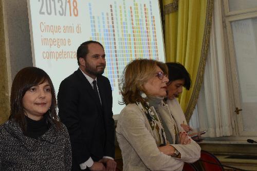 Maria Sandra Telesca (Assessore regionale Salute, Integrazione socio-sanitaria, Politiche sociali e Famiglia) nel corso della conferenza stampa di fine anno - Trieste 22/12/2017
