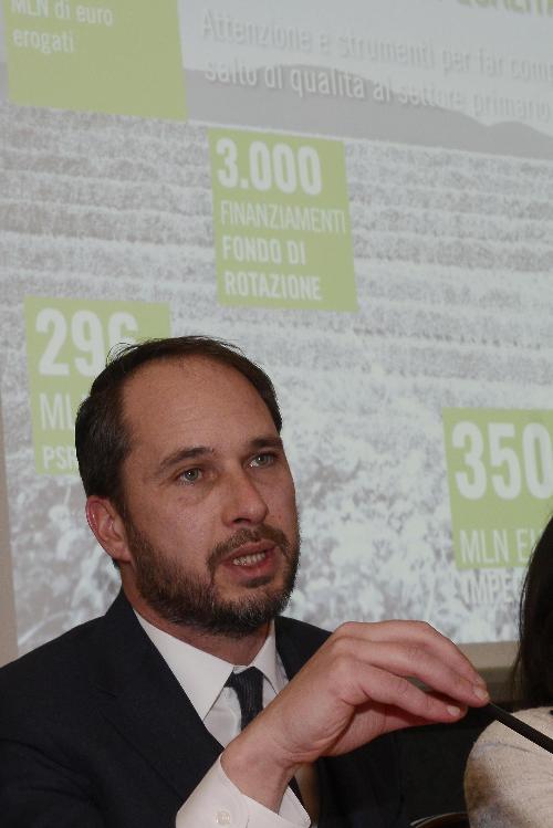 Cristiano Shaurli (Assessore regionale Risorse agricole e forestali) nel corso della conferenza stampa di fine anno - Trieste 22/12/2017
