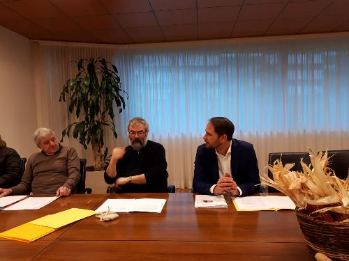 L'assessore regionale alle Risorse agricole Cristiano Shaurli alla presentazione dell'associazione Produttori antico mais friulani