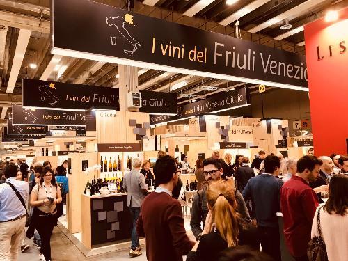 Lo stand del Friuli Venezia Giulia alla 52ª edizione di Vinitaly - Verona 15/04/2018