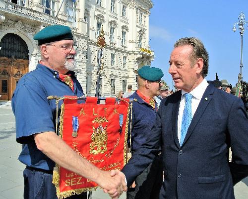 Nella foto l'assessore regionale all'Ambiente ed energia, Fabio Scoccimarro, in piazza dell'Unità d'Italia a Trieste in occasione delle celebrazioni per la Festa della Repubblica.