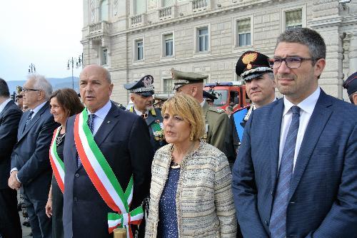L'assessore alle Autonomie locali, sicurezza e politiche comunitarie, Pierpaolo Roberti, alla cerimonia dell'ammaina bandiera solenne
