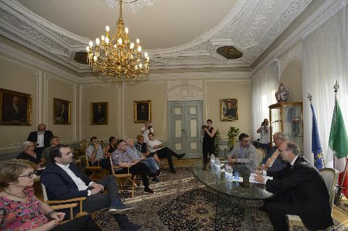 Riccardo Riccardi (Vicepresidente FVG e assessore regionale Salute) con Pierpaolo Roberti (Assessore regionale Autonomie locali) all'incontro con i rappresentanti dei Comuni dell'Ambito Alto Isontino - Gorizia 03/07/2018