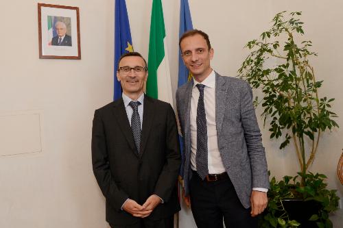 Il governatore del Friuli Venezia Giulia Massimiliano Fedriga con l'ambasciatore italiano a Lubiana Paolo Trichilo.