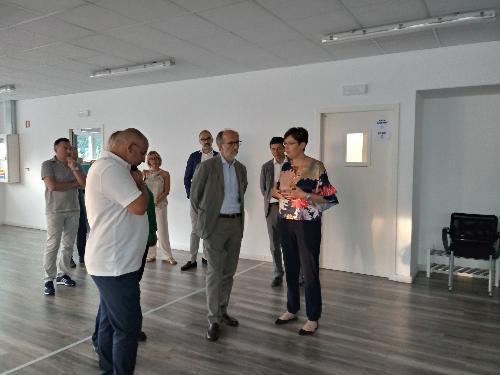 Riccardo Riccardi (Vicepresidente FVG e assessore Salute, Politiche sociali, Disabilità) in visita a Progettoautismo FVG onlus