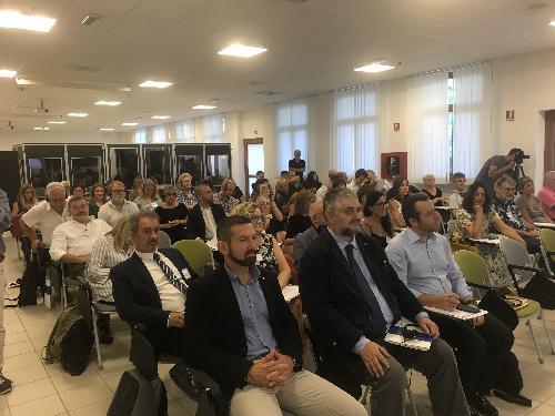 La platea dei partecipanti al campus del Network delle minoranze d'Europa in corso all'università di Udine nel palazzo Garzolini di Toppo Wassermann