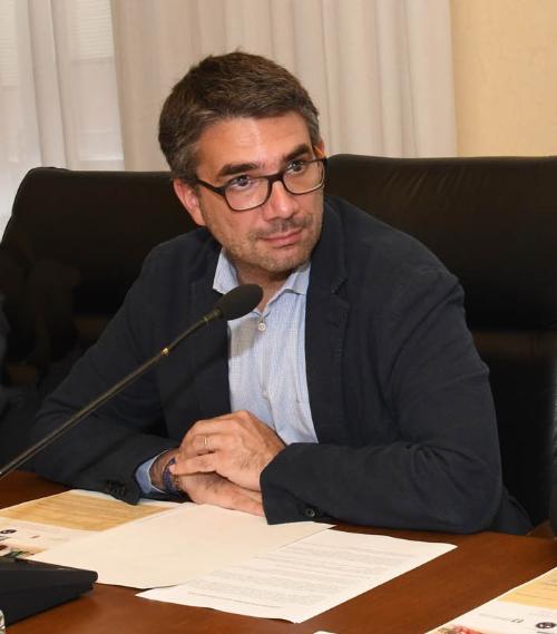 L'assessore regionale Autonomie locali Pierpaolo Roberti