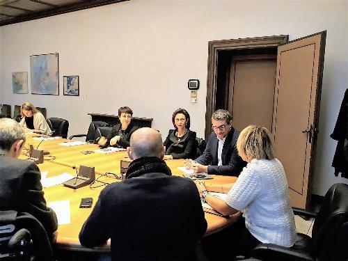 L'assessore all'Immigrazione del Friuli Venezia Giulia, Pierpaolo Roberti, nel corso della riunione convocata in Prefettura a Trieste per affrontare il tema dei minori stranieri non accompagnati. Trieste, 26 novembre