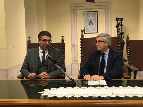 L'assessore regionale alle Autonomie locali Pierpaolo Roberti e il sindaco di Udine Pietro Fontanini.