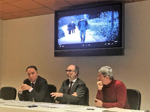 Il vicegovernatore del Friuli Venezia Giulia con delega alla Salute, Riccardo Riccardi (al centro), con il presidente di Federsanità Anci Fvg, Giuseppe Napoli (a sx) e il direttore dell'Area promozione salute e prevenzione della Regione, Paolo Pischiutti -  Udine, 17 gennaio.