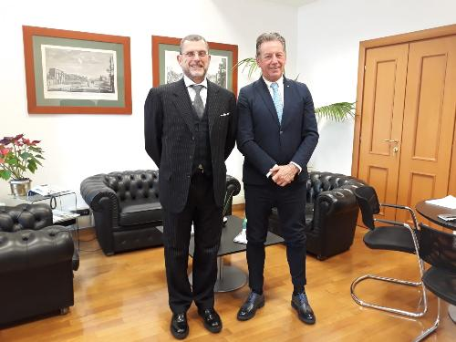 L'assessore regionale ad Ambiente ed Energia, Fabio Scoccimarro, e il sottosegretario di Stato agli Affari europei, Luciano Barra Caracciolo.