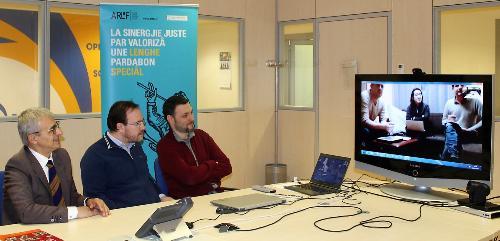 Il president e il diretôr de ARLeF, Eros e William Cisilino, e il president di Ente Friuli nel Mondo Adriano Luci in videoconference cul Fogolâr di Tokyo