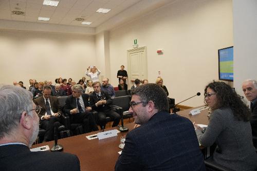 L'assessore Roberti alla presentazione della piattoforma web di Esof2020